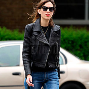 Alexa-Chung-Black-Leather-Jacket
